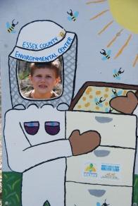 Beekeeper Cutout, NatureIntoAction